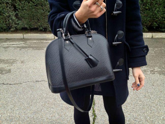 bba04d54ab0e Epi Alma PM bag w  strap (Louis Vuitton)