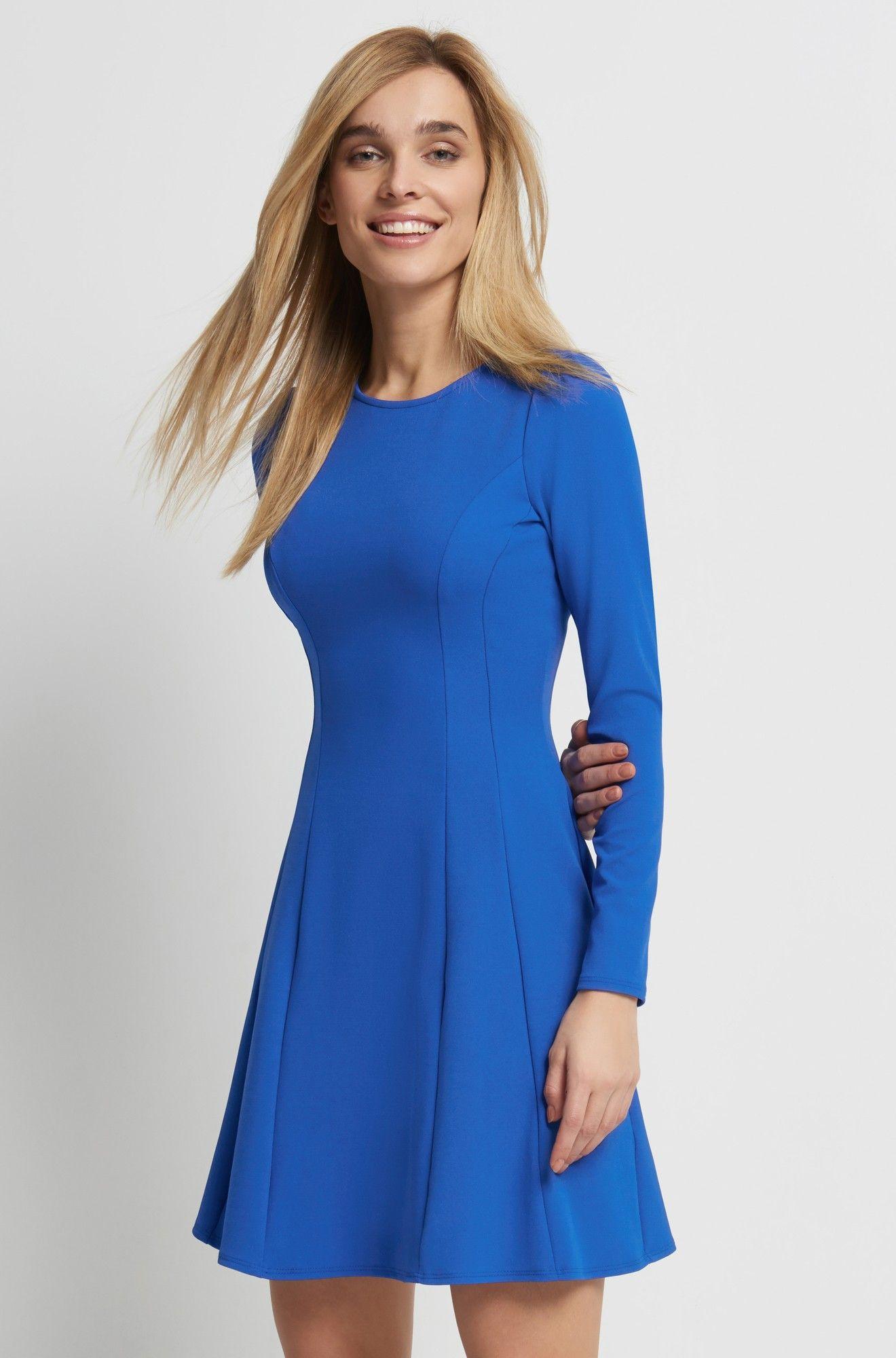 Kleid in A-Form  Schöne kleider, Kleider und Tageskleider