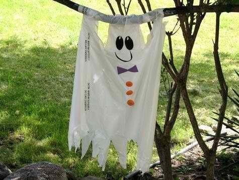 Halloween Yard Decor, on the Cheap! Fun Halloween Pins Pinterest - cheap scary halloween decorations