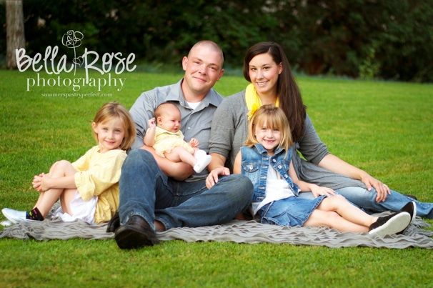Family of five portrait with newborn posing   Bella Rose ...
