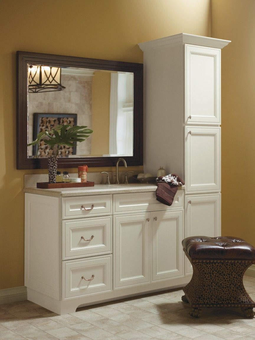 Fantastic Blakely Maple Pearl Bathroom By Thomasville Cabinetry Interior Design Ideas Clesiryabchikinfo