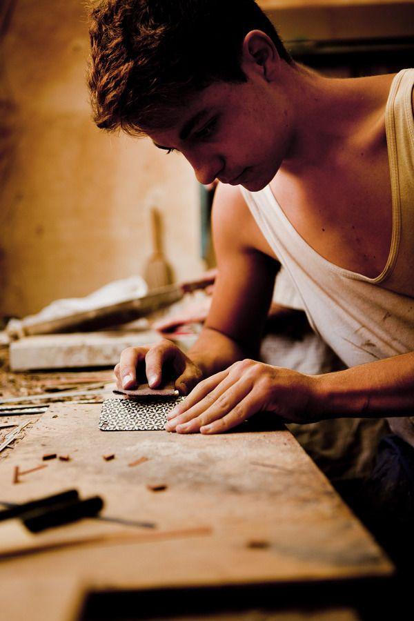 Tarxia - Grenadine Taracea wood for iPhone 5 #artesaníaparatecnología