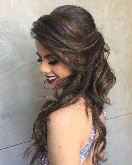 Tana Stool Peinados Laterales Peinados Elegantes Peinados Poco Cabello