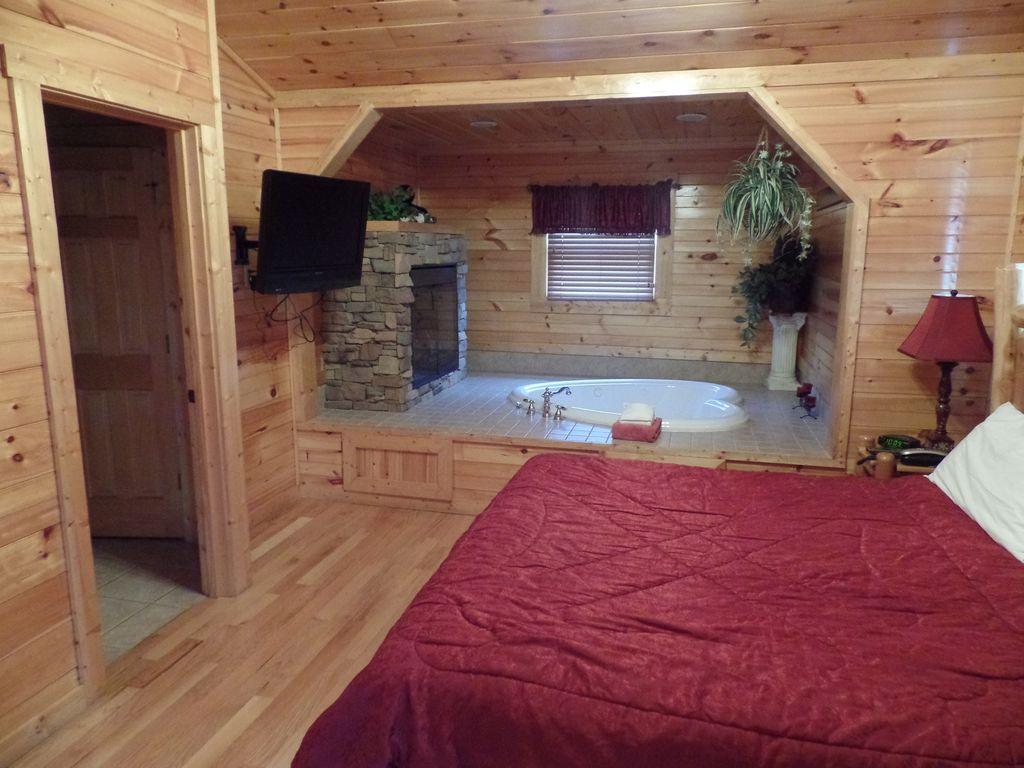 Romantic 1 Bedroom Cabin Gatlinburg Smoky M... VRBO