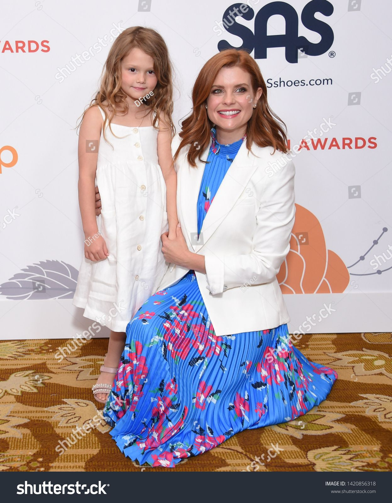 Los Angeles May 31 Joanna Garcia Swisher And Emerson Jay Swisher Arrives For The Inspiration Awards Benefiting St Joanna Garcia Joanna Garcia Swisher Joanna