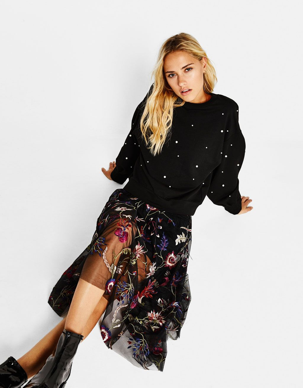 06a9765040 Bershka United States - Tulle skirt with floral embroidery