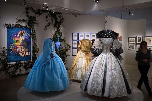 Les robes reconstituées à la cinémathèque de Paris (avril-août 2013)