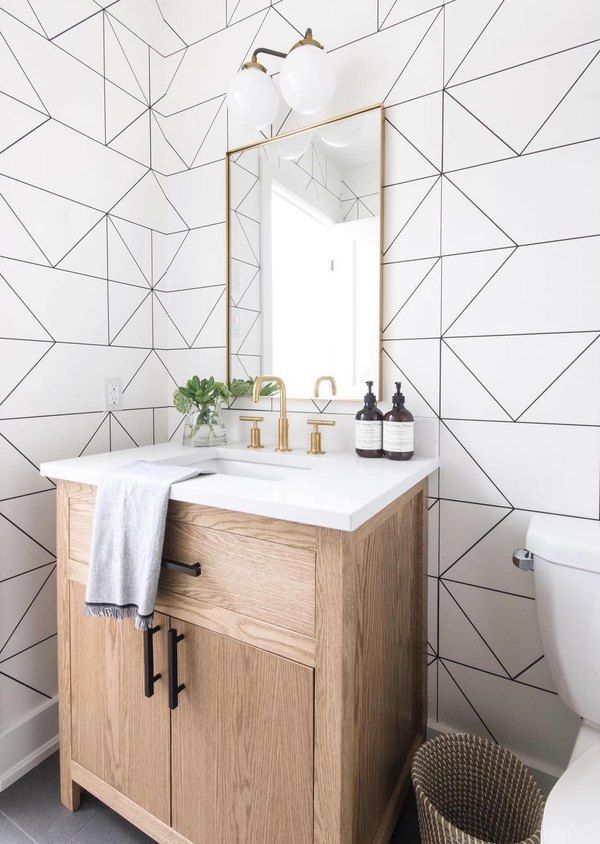 """10 Bathroom Wallpaper Ideas That'll Make Everyone Ask """"Where'd You Get That?"""" 