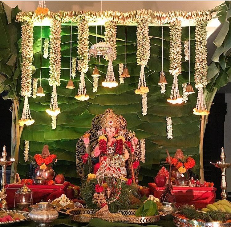 Love The Backdrop Created With Banana Leaves And Flower Hangings Ganpati Decoration At Home Decoration For Ganpati Leaf Decor Wedding,Simple 3 Bedroom House Plans With Photos