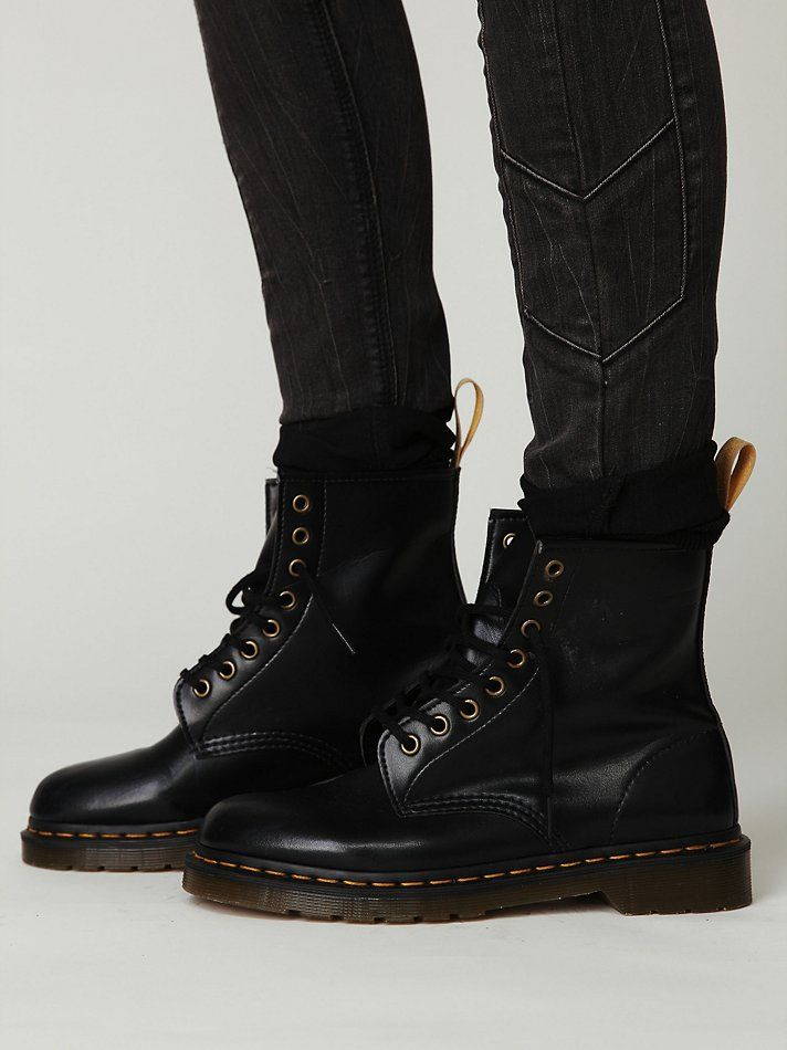 vegan leather doc marten boots what to wear pinterest doc martens boots doc martens and. Black Bedroom Furniture Sets. Home Design Ideas