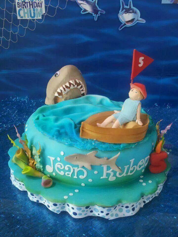 Kid's Jaws cake