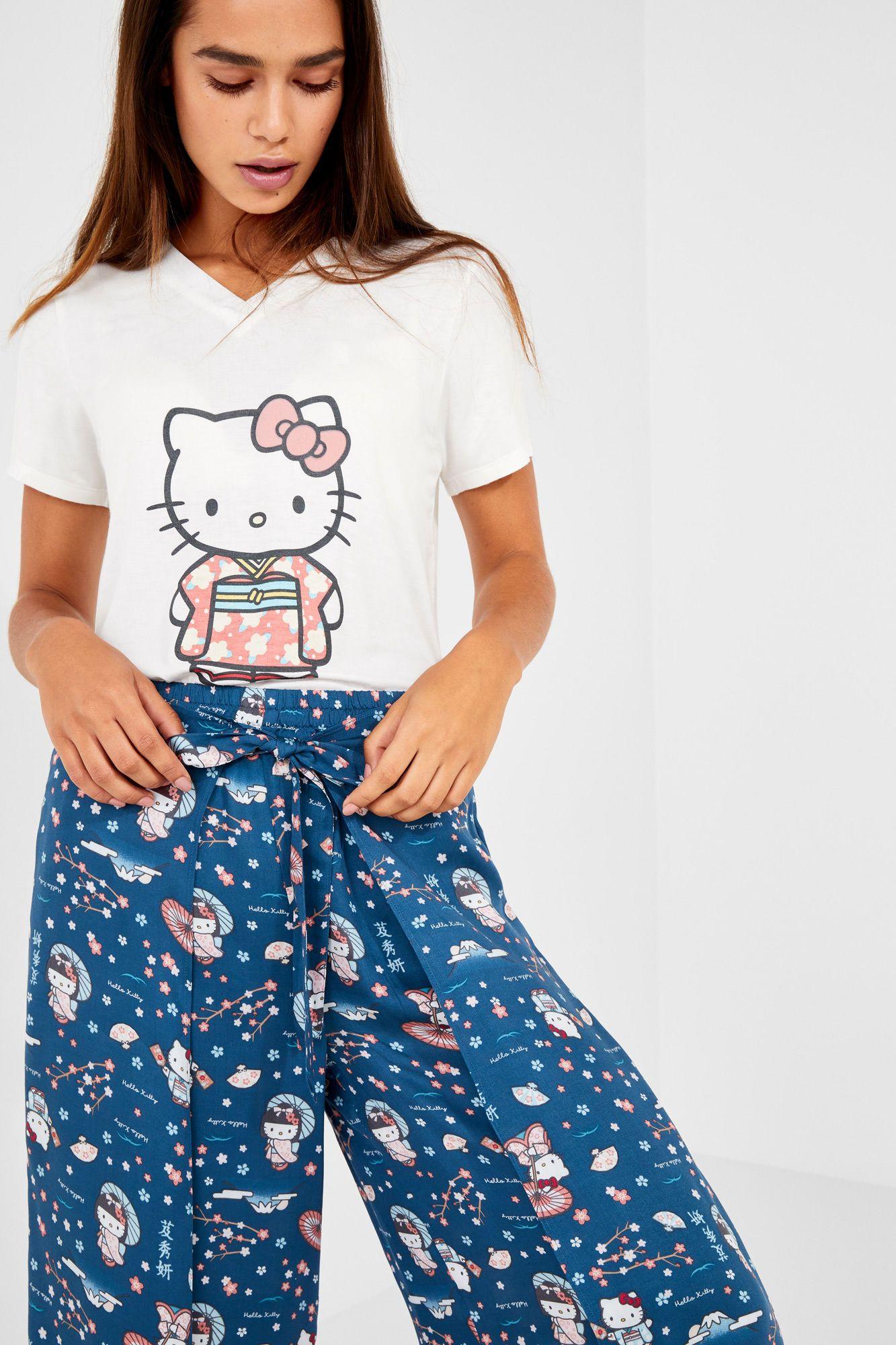 68f0dc251 Pijama capri Hello Kitty