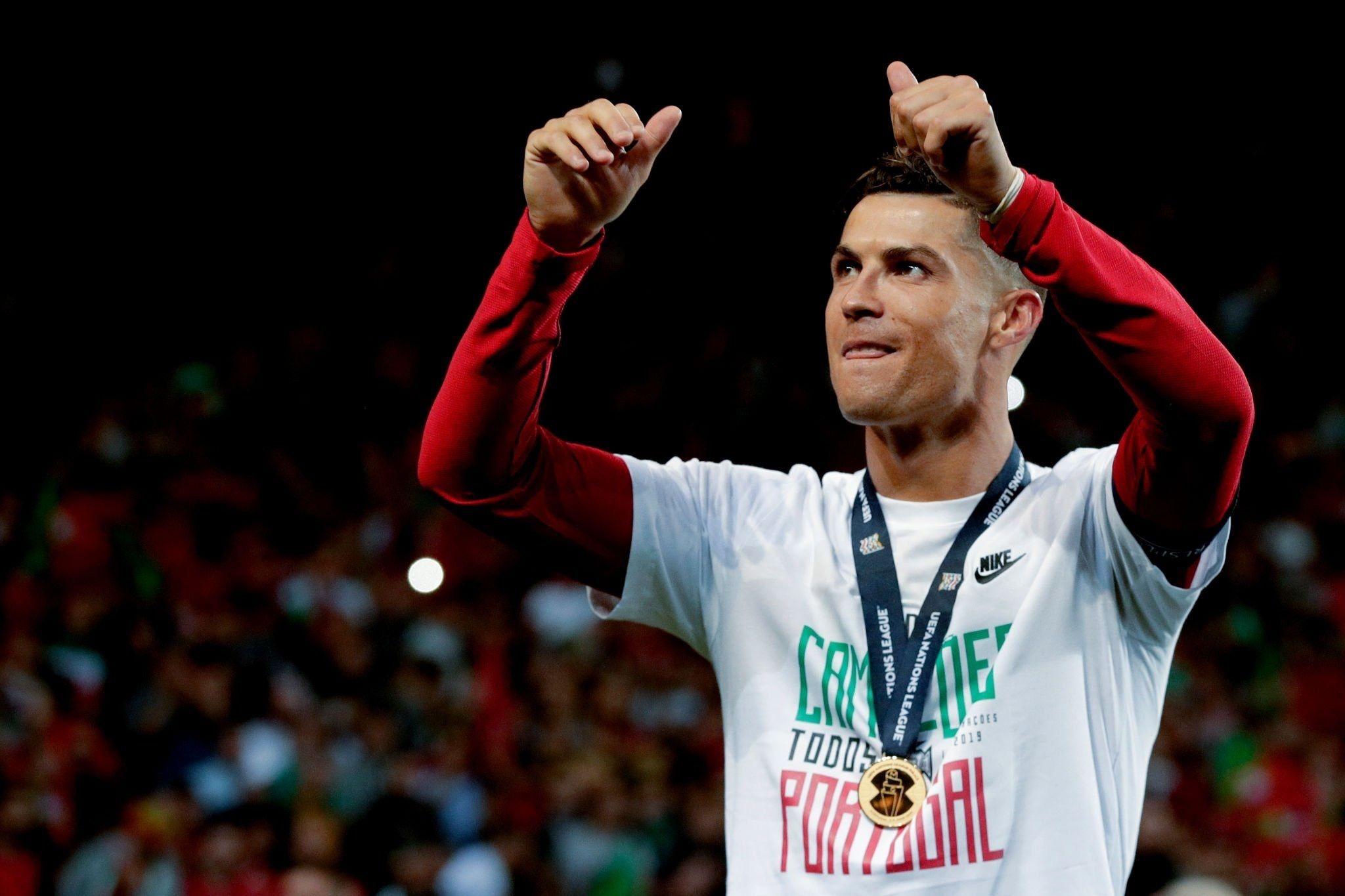 Cristiano Ronaldo glossy photo Portugal National Football