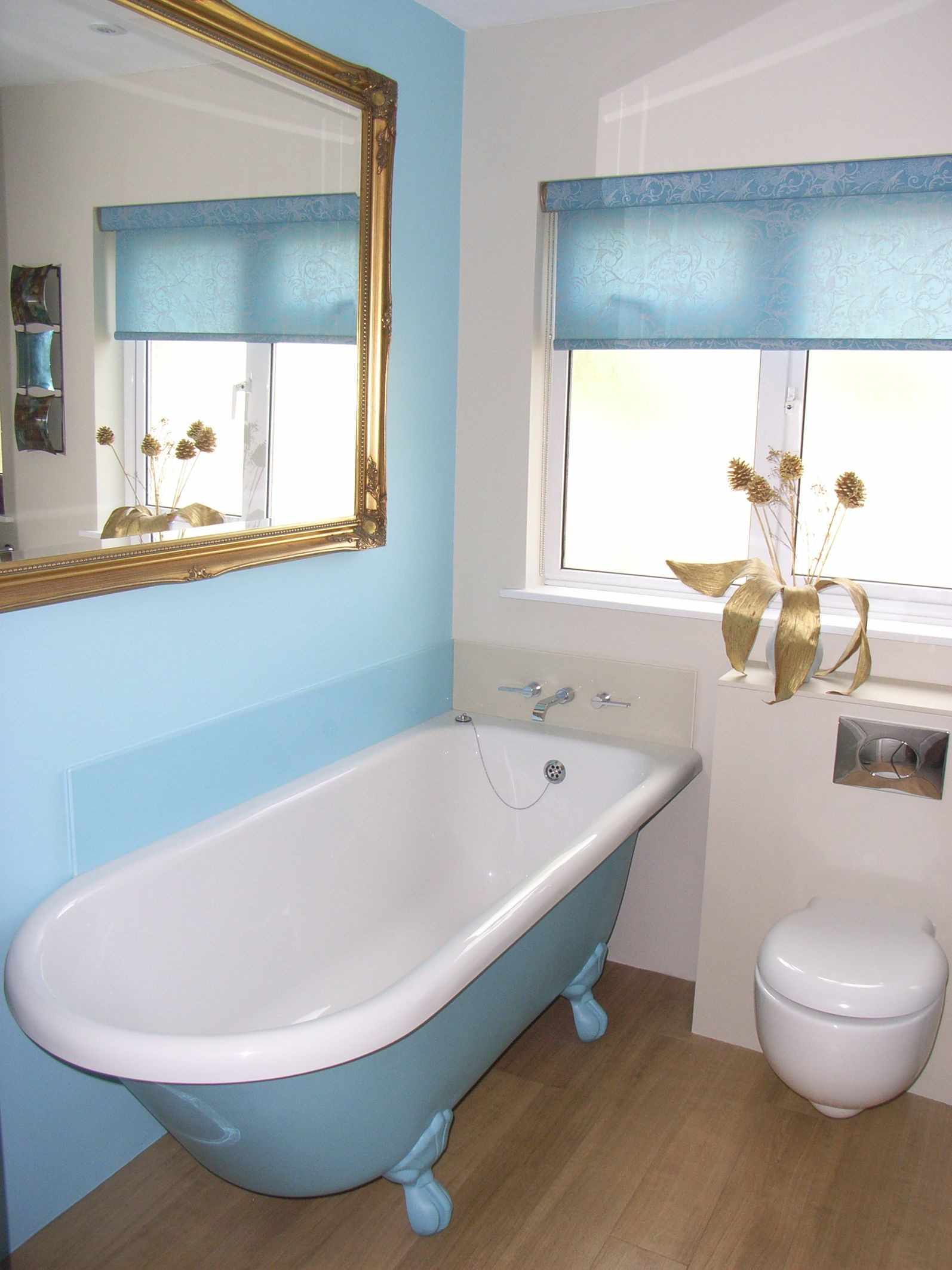 Traditional Freestanding Bath, Hand Painted Blue With Matching Walls And  Glass Splashback. Wall Hung