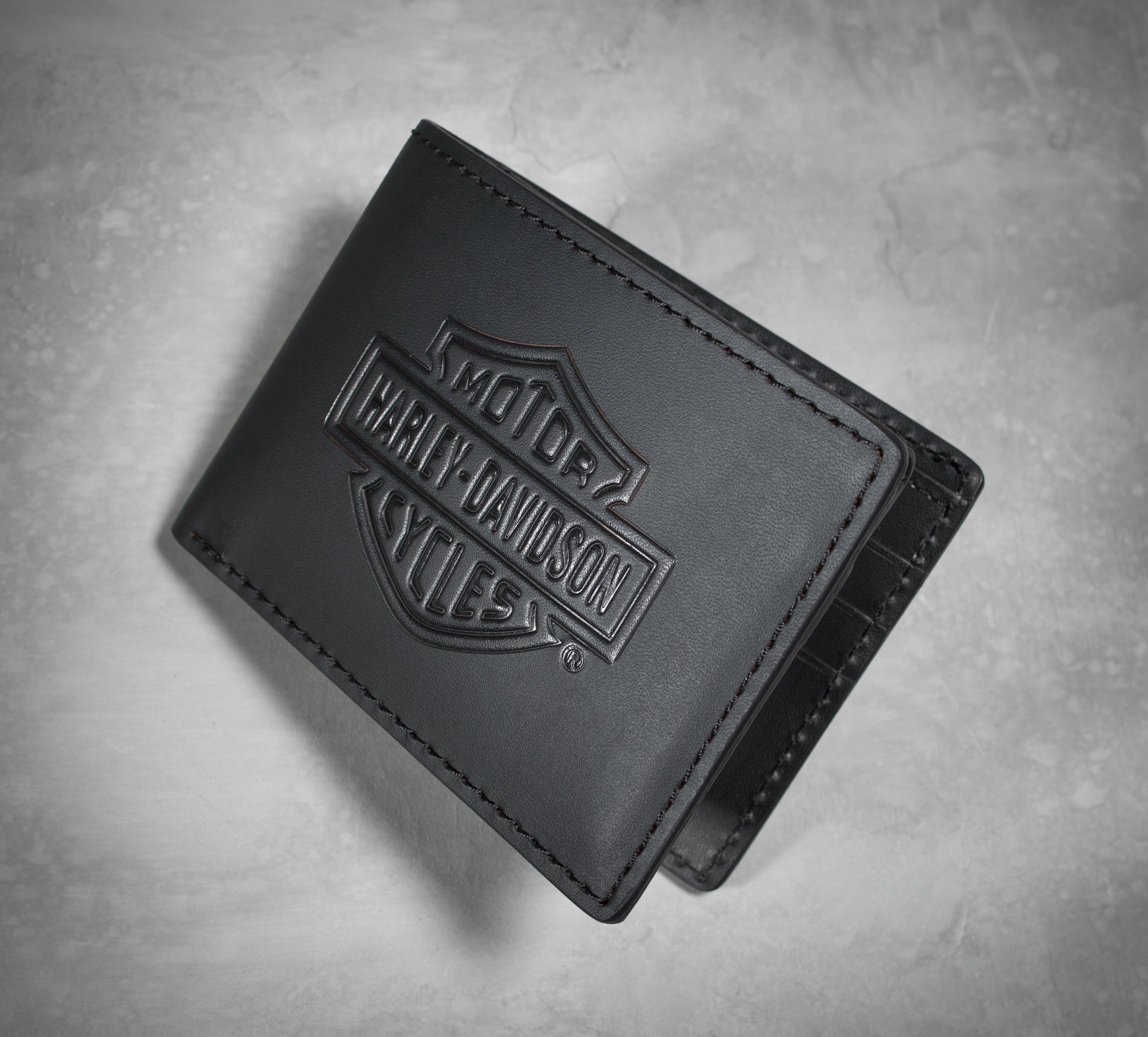 Reach for a genuine leather wallet that\'s made to last. | Harley ...