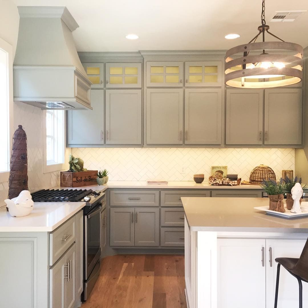 pin by david welch on dark cabinets trim cabinet trim decor kitchen on kitchen cabinets trim id=75038