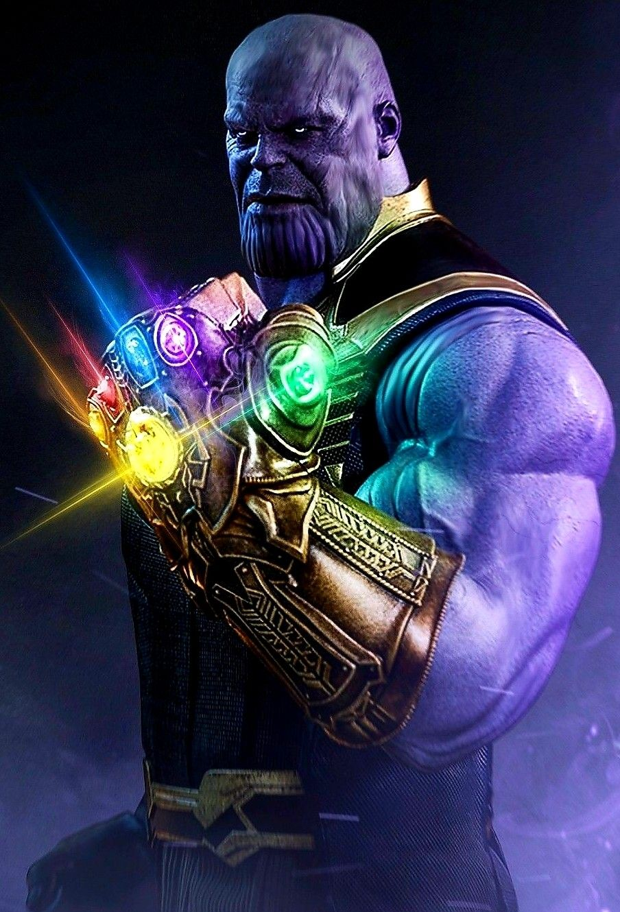 Thanos holding the infinity gauntlet | Villains | Marvel ... Thanos Infinity Gauntlet Movie