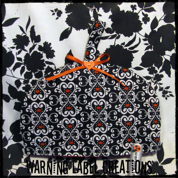 Gothic Black And White Heart Damask Fabric Quilted Tea Pot