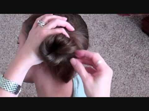 How to do a low side messy bun #lowsidebuns How to do a low side messy bun #lowsidebuns