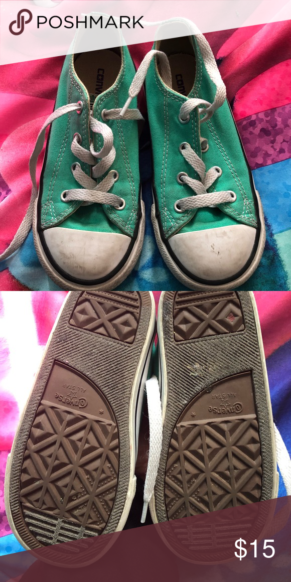 Girls converse Used. Size 10 Converse