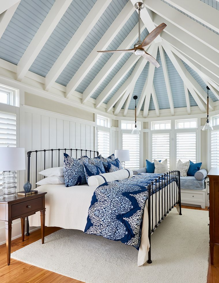 Spacious Beach House Bedroom With Blue Ceiling Beautiful Bedrooms Master Beach House Bedroom Beach House Interior Design