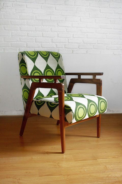 Hans Retro Lounge Chair Jakarta Vintage 2014 Chair Collection. See and sit  on it at