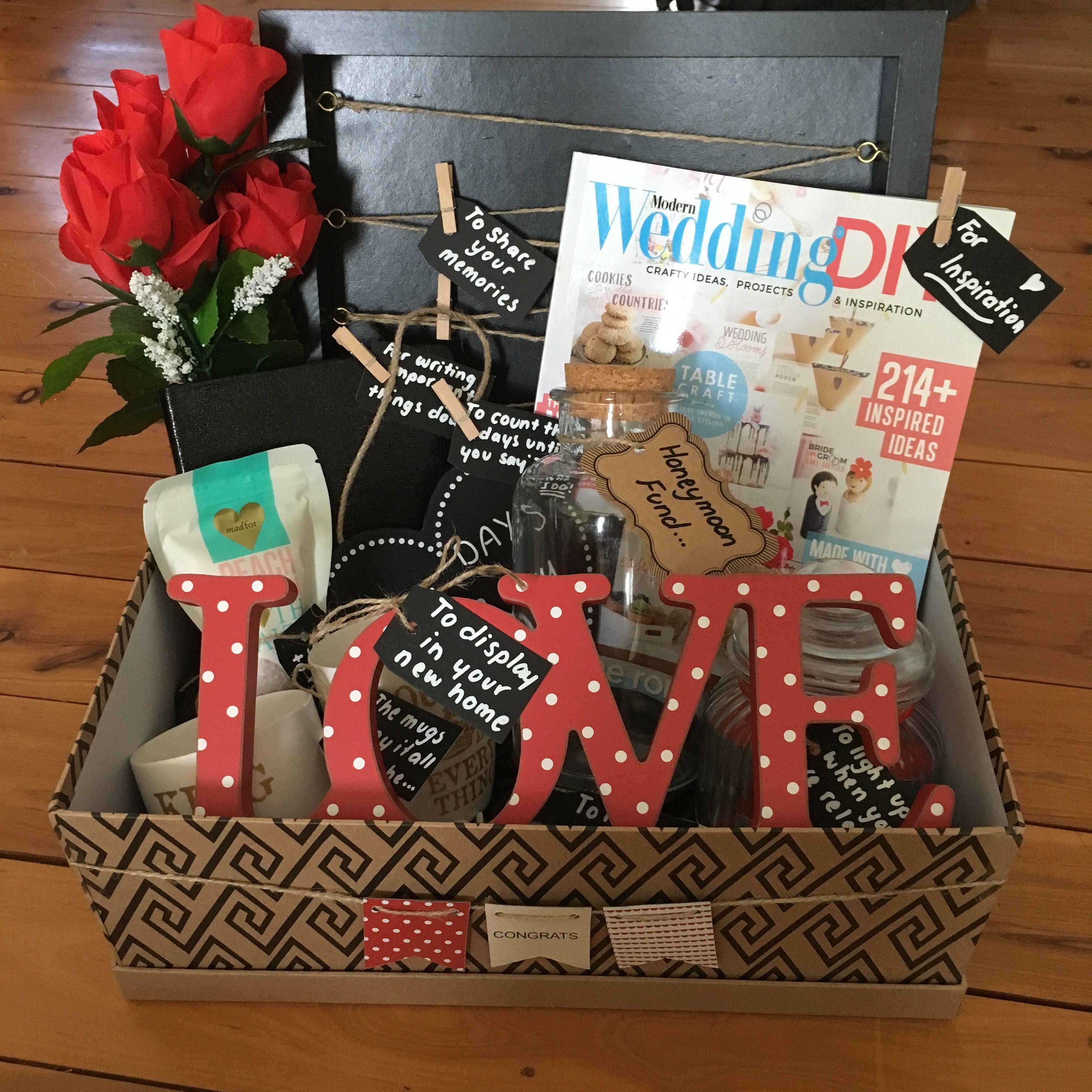 Engagement Gift Hamper Pernikahan