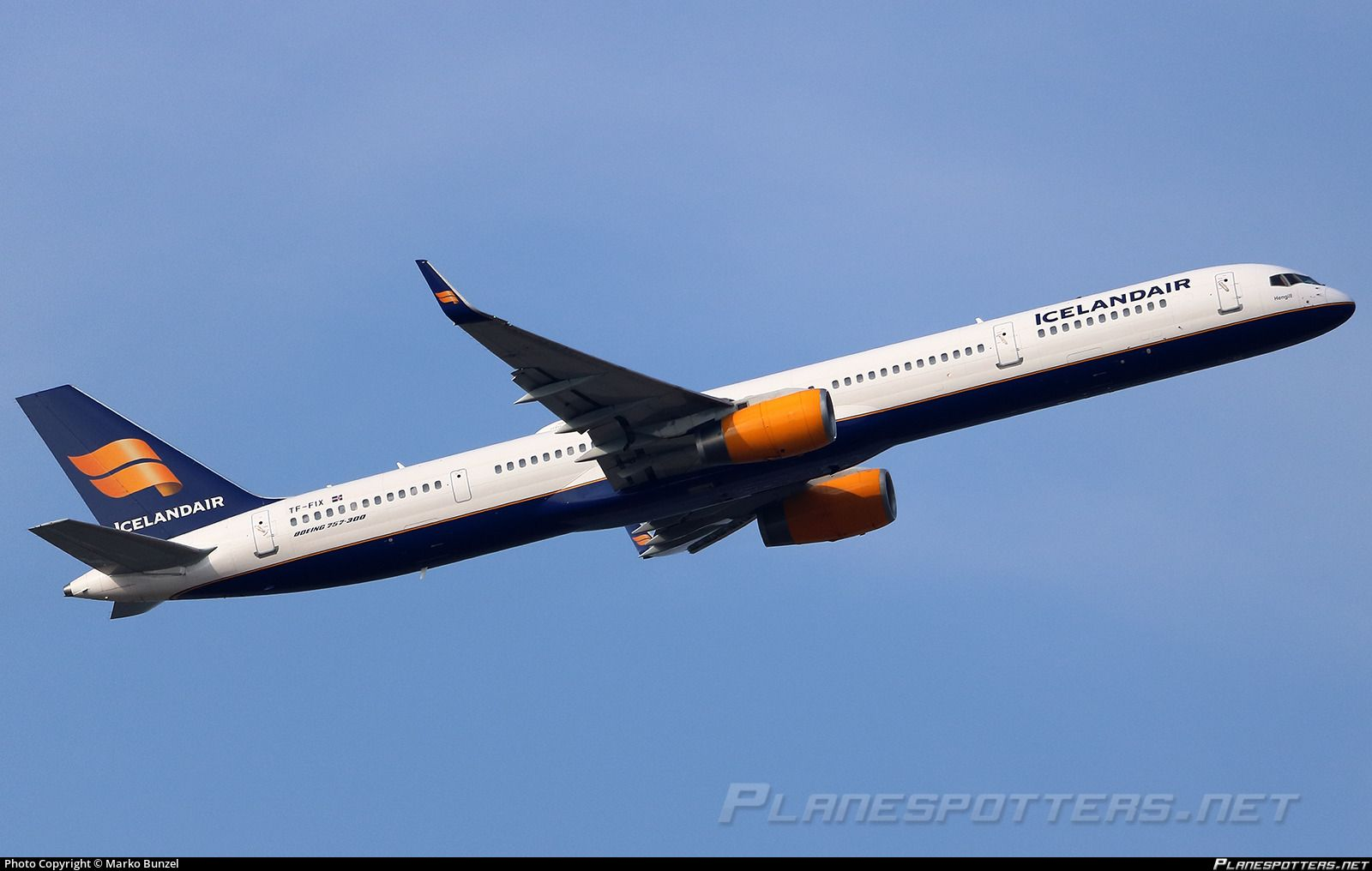Icelandair Boeing 757 308 Registered Tf Fix Boeing Commercial Aircraft Iceland Air