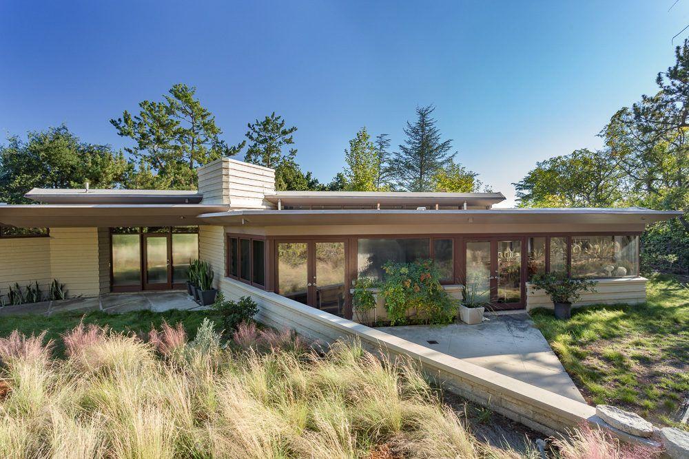 Lloyd Wrightu0027s Take On A Ranch House Asking $2.4 Million In La Cañada  Flintridge