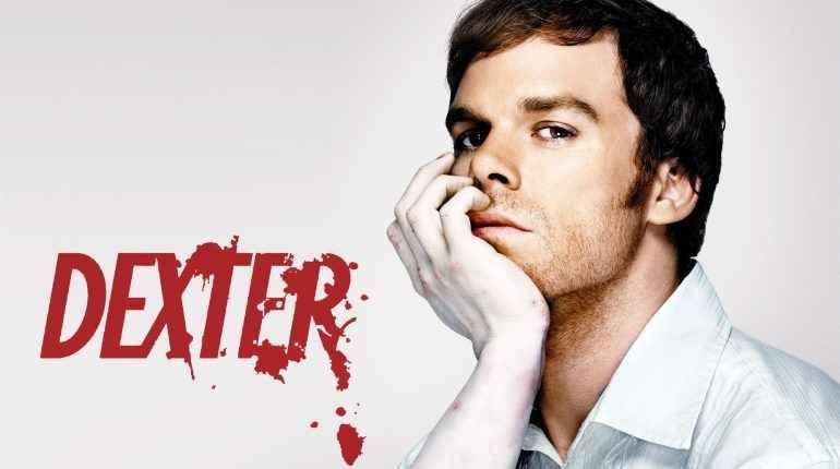 """Dexter, per tutti gli appassionati di thriller Per tutti gli appassionati di thriller, su Top Crime e` in programma il format giusto per loro, sto parlando di: Dextervediamo meglio di cosa si trattaE' una serie televisiva """"a stelle e strisce""""; Ap #dexter"""