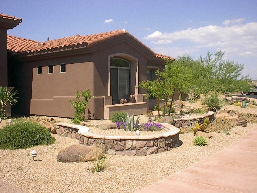 Pin By Veronica Montes On Landscaping Desert Landscape Front Yard Desert Landscaping Front Yard Landscaping Simple