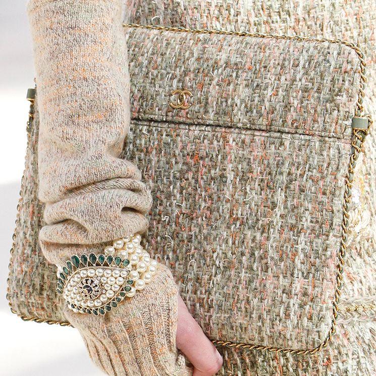 Chanel-Fall-Winter-2016-Bag-Runway-Bag-Collection-29