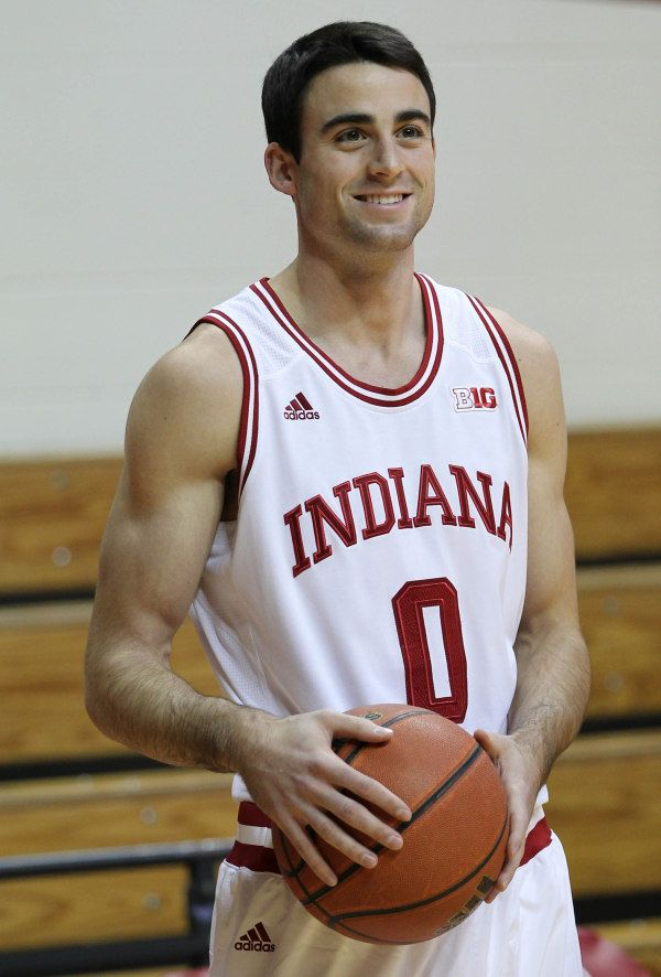 Indiana Hoosiers Forward Will Sheehey 0 Warms Up Before The Game Against The Chicago State C Indiana Hoosiers Hoosiers Basketball Indiana Hoosiers Basketball
