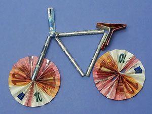 Ein Fahrrad als Geldgeschenk | Fahrrad basteln, Geldgeschenk