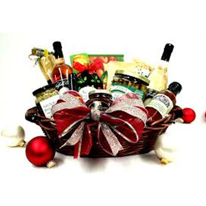 find christmas gift basket idea free and another free basket gift ideas at at - Christmas Gift Baskets Free Shipping