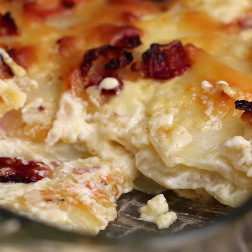 Cheesy Bacon Potato Bake | Essen | Pinterest | Essen, Kartoffeln und ...