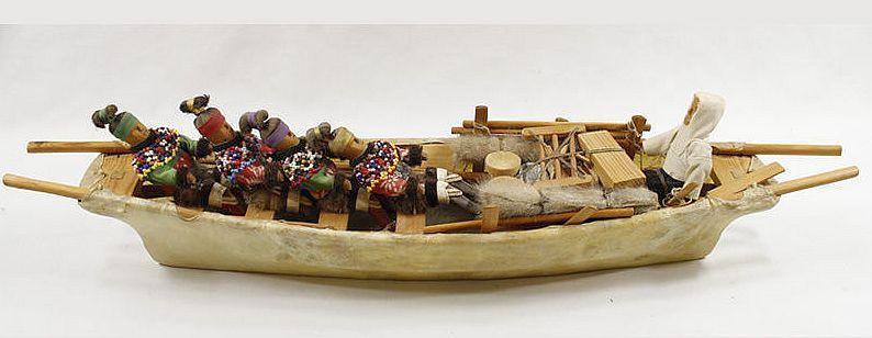 Antique Eskimo Inuit Umiak Toy