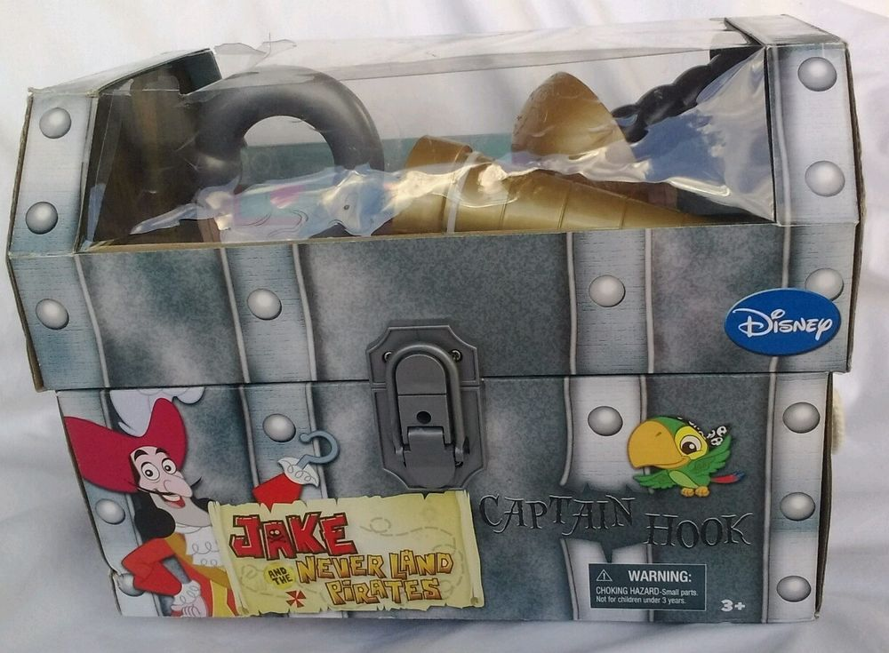 Captain Hook Small Chest  Hook Spy Glass short sword Treasure Map New box Damage #Disney