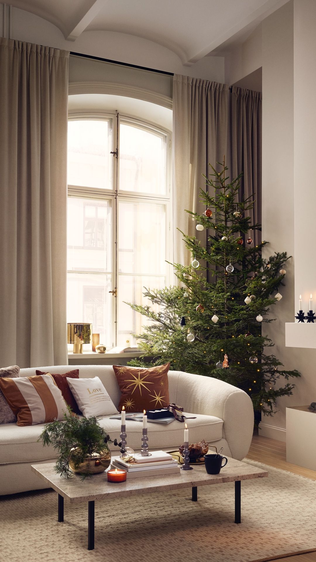 H M Home Get Your Home Ready For Holiday Festivities And Family Gatherings With Christmas Living Rooms Christmas Decorations Living Room Holiday Decor Trends