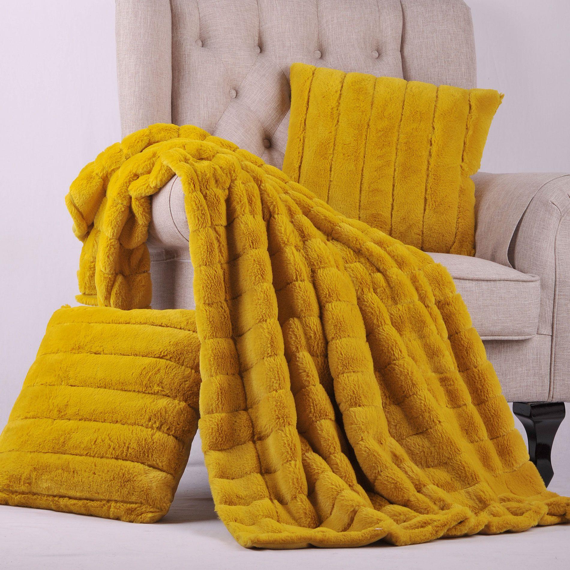 Lemon Curry Rabbit Faux Fur Throw Blanket And Pillow Set Combo The Rabbit Faux Fur Combination Set Is A Comple Pillow Combos Faux Fur Throw Fur Throw Pillows