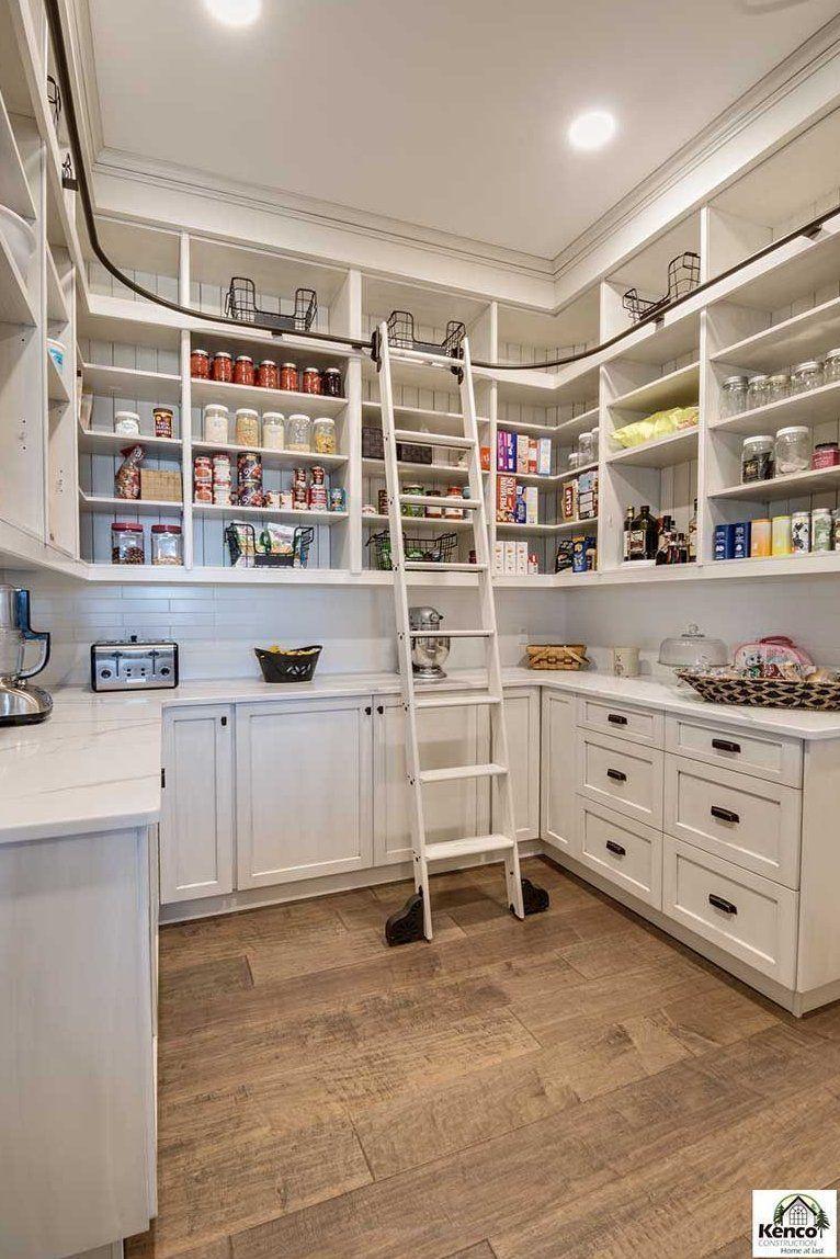 Pin By Sarah Houseman On Rae Dunn Everyday Kitchen Farmhouse Kitchen Kitchen Cabinets