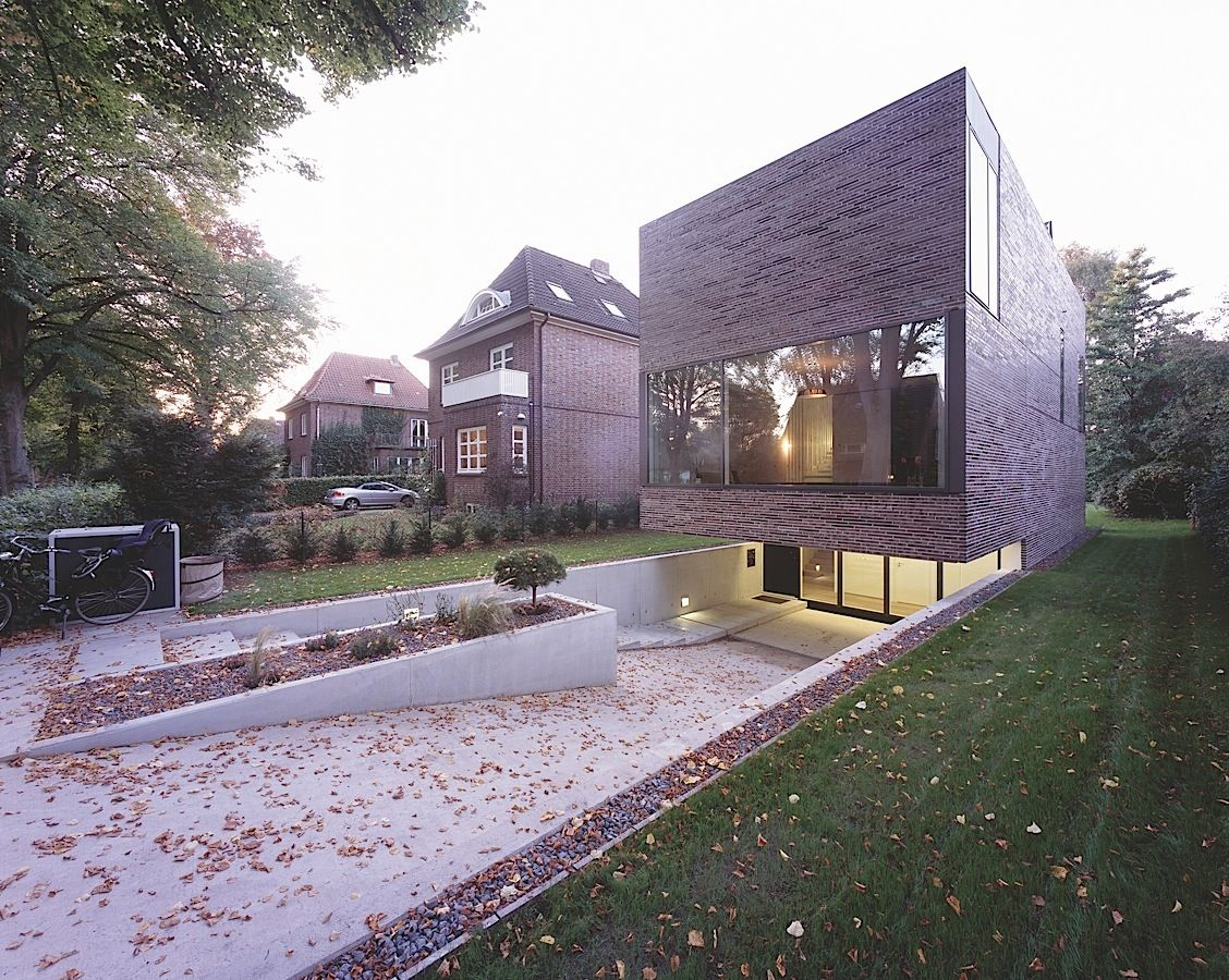Bda hamburg architekturpreis submerged house pinterest for Modernes haus hamburg