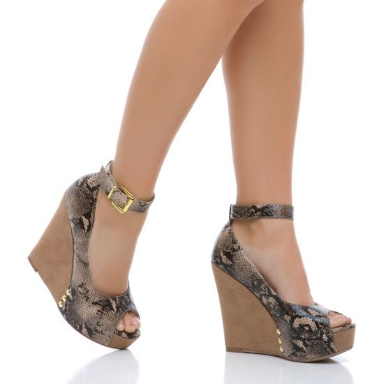 Love these shoes from Shoe Dazzle!