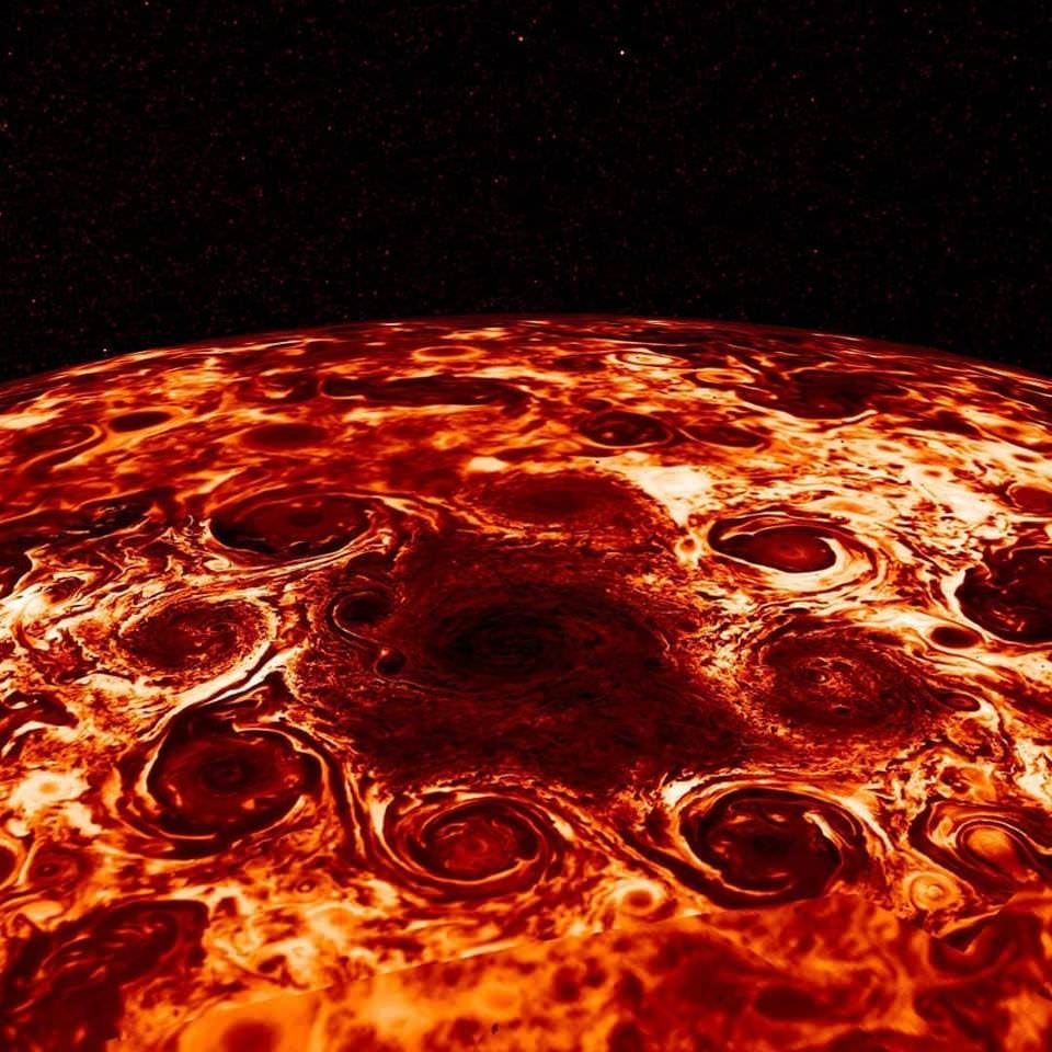 New image of Jupiter from Juno showing heat coming out