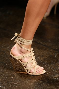 Donna Karan Spring 2013 Ready-to-Wear Collection on Style.com: Detail Shots