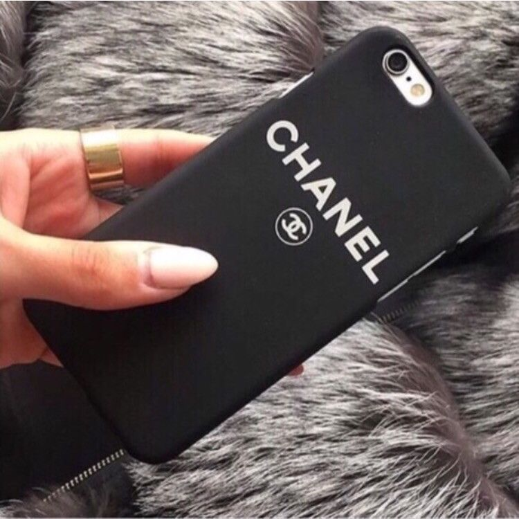 detailed look 09849 12dd1 Chanel Black Phone Case | Want | Chanel phone case, Phone cases ...