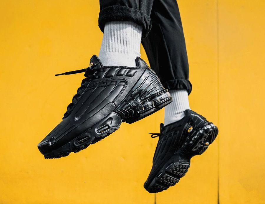 CK6716-001 que vaut la Nike Air Max Plus TN3 Noir Triple Black ...