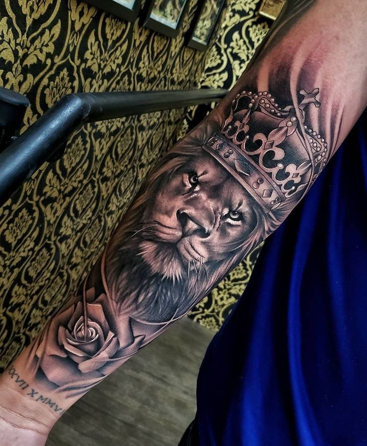 50 Eye-Catching Lion Tattoos That'll Make You Want To Get Inked  – Tattoo ideen – #EYECATCHING #Ideen #Inked #Lion #Tattoo
