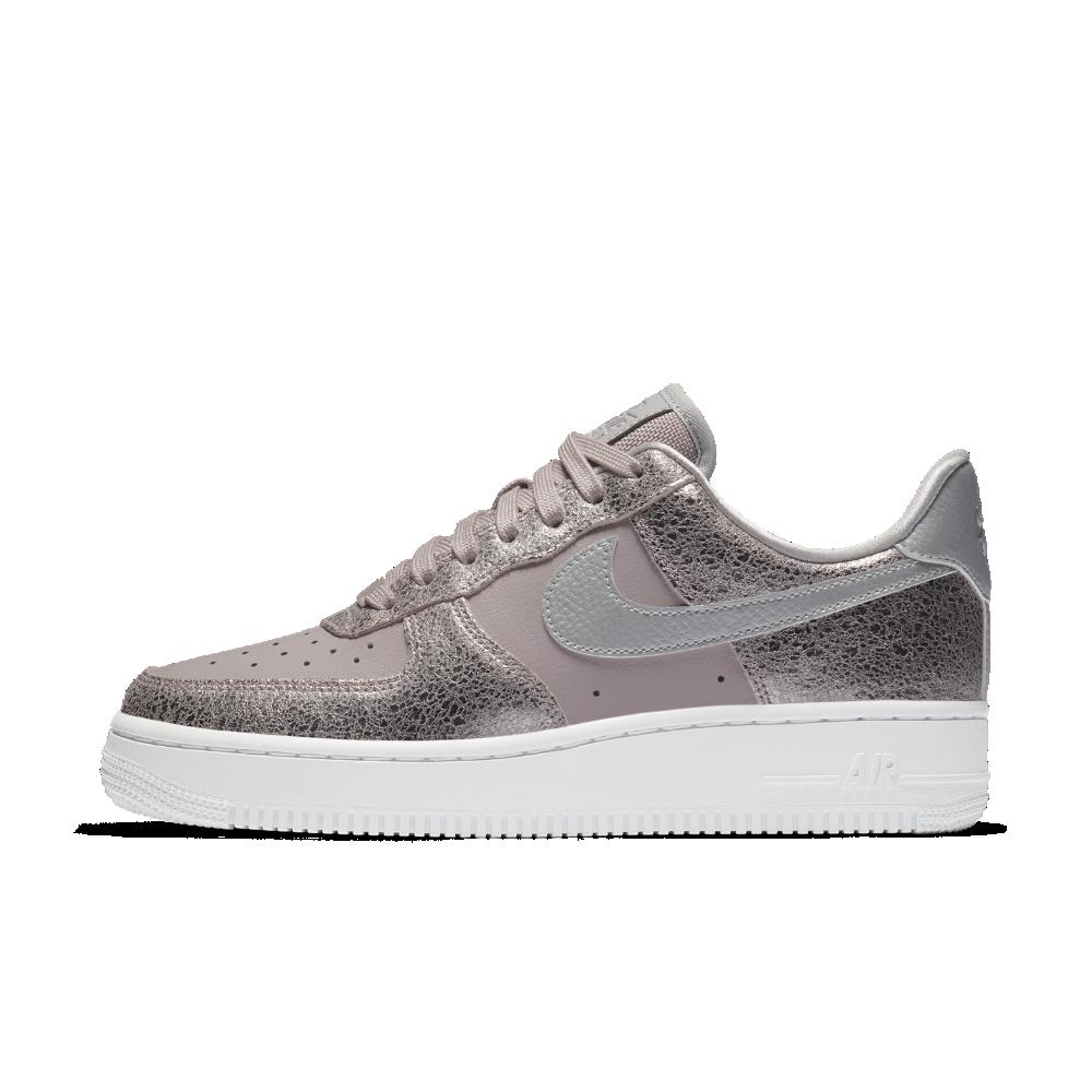 watch e354d ed53f Nike Air Force 1 07 Premium Women s Shoe Size 7 (Purple)