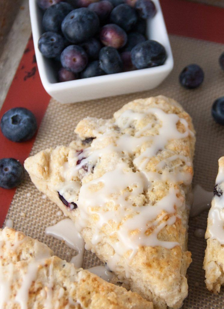 Blueberry Lemon Scones Bakery Style Scone Recipe With Buttermilk Better Than Starbucks Topped With A Buttermilk Recipes Lemon Scones Blueberry Lemon Scones